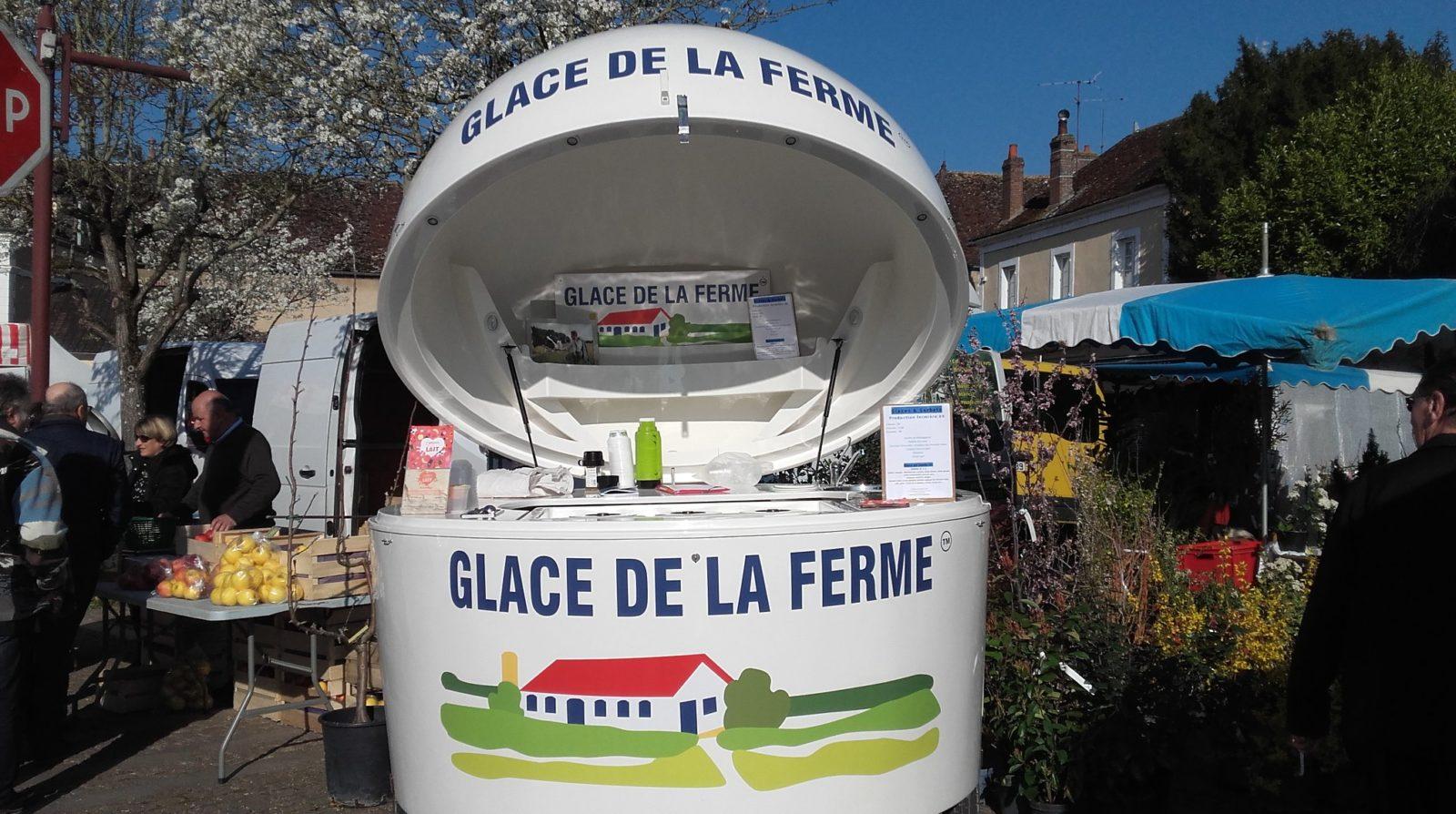 Moulin sur Ouanne : L'Amour est dans le lait Coralie vous propose ses glaces de la ferme